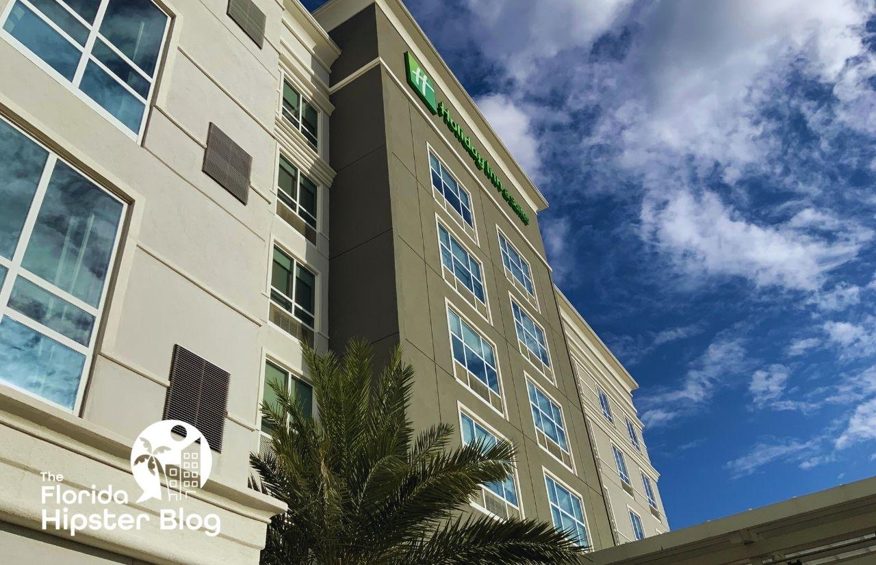 Holiday Inn Orlando International Drive Exterior